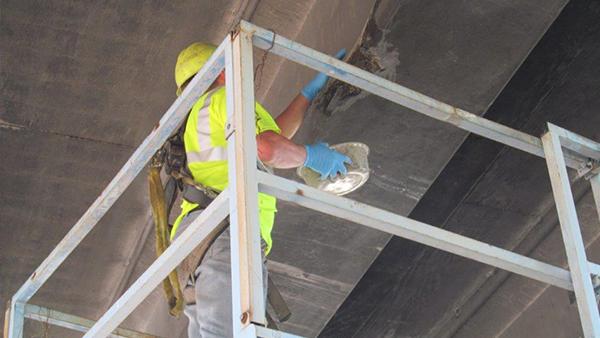 FasTrac VO being utilized for bridge repair.